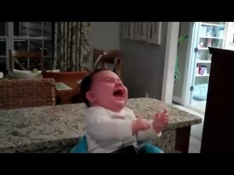 This Baby Loses It When Dad Shows Off His Awesome Dance Moves