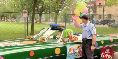 This Clown Asked Someone for Help – When The Cops Showed Up Everything Changed