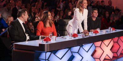 Judge-Amanda-Holden-press-the-Gold-Buzzer-for-Paddy-and-Nico