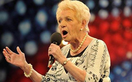 80 Year Old Auditions In Front Of Simon Cowell, Then His Jaw Drops. UNBELIEVABLE!