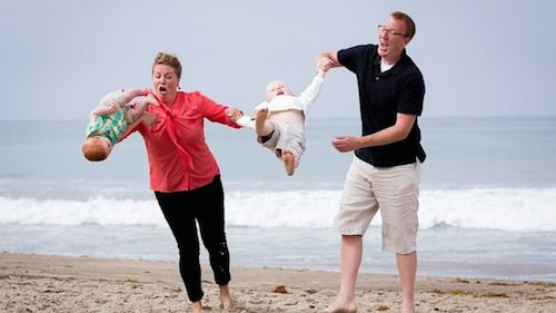 Top 6 Family Photos That Went Wrong…Very Wrong. The Last One Is Hilarious!