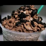 Guests Coming Over? Make A Starbucks Mocha Cookie Crumble Frappuccino In Just 3 Minutes!