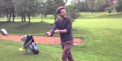 Golfers Stalked By An Unrelenting Fox!
