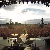 You Never Heard It Like This Before, 65,000 People Suddenly Start Singing Famous QUEEN Song