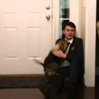 Nathan Beck Was Away For 2 Years, When He Returned, His Dog's Expression – Priceless!